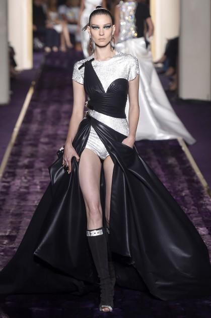 versace-couture-2014-spl798414_028-419x630